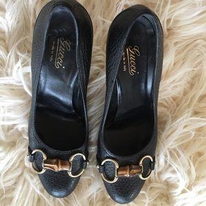 Gucci size 36 black horsebit pumps